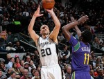 SAN ANTONIO, TX - FEBRUARY 3:  Manu Ginobili #20 of the San Antonio Spurs shoots the ball against the New Orleans Pelicans on February 3, 2016 at the AT&T Center in San Antonio, Texas. NOTE TO USER: User expressly acknowledges and agrees that, by downloading and or using this photograph, user is consenting to the terms and conditions of the Getty Images License Agreement. Mandatory Copyright Notice: Copyright 2016 NBAE (Photos by Chris Covatta/NBAE via Getty Images)